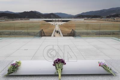 日本東北最大型海嘯紀念館 周邊設獻花台供追思